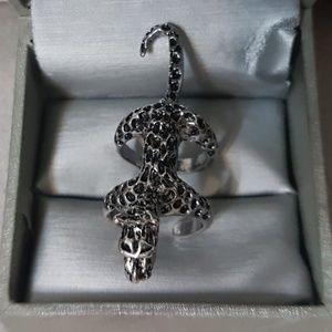 Jewelry - Panther Fashion Ring